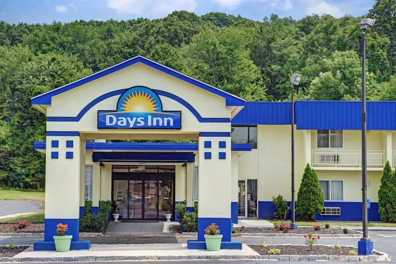 Southington, CT Hotels - Days Inn Southington