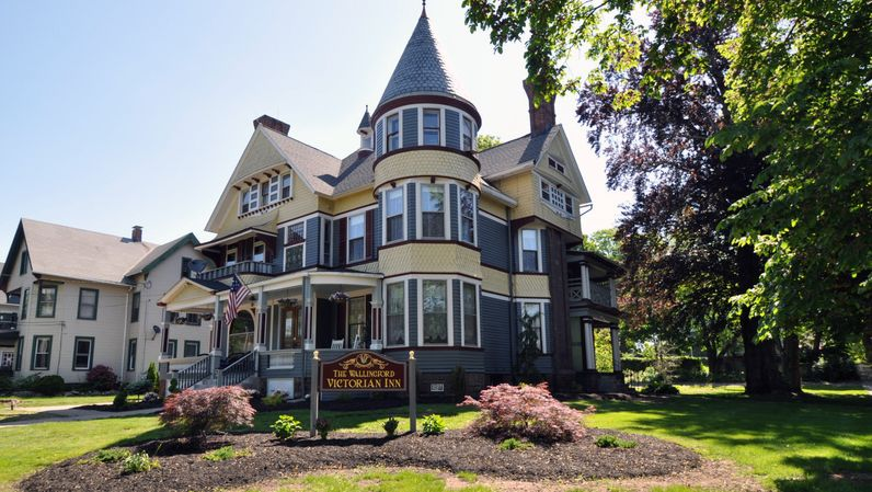 Wallingford CT Hotels - Wallingford Victorian Inn