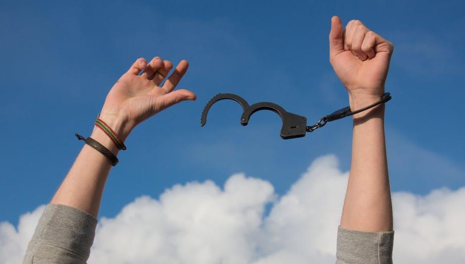 what is bail bondsman